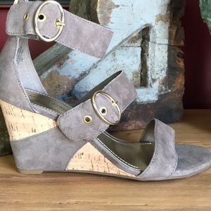 NIB MARC FISHER Wedge Sandals